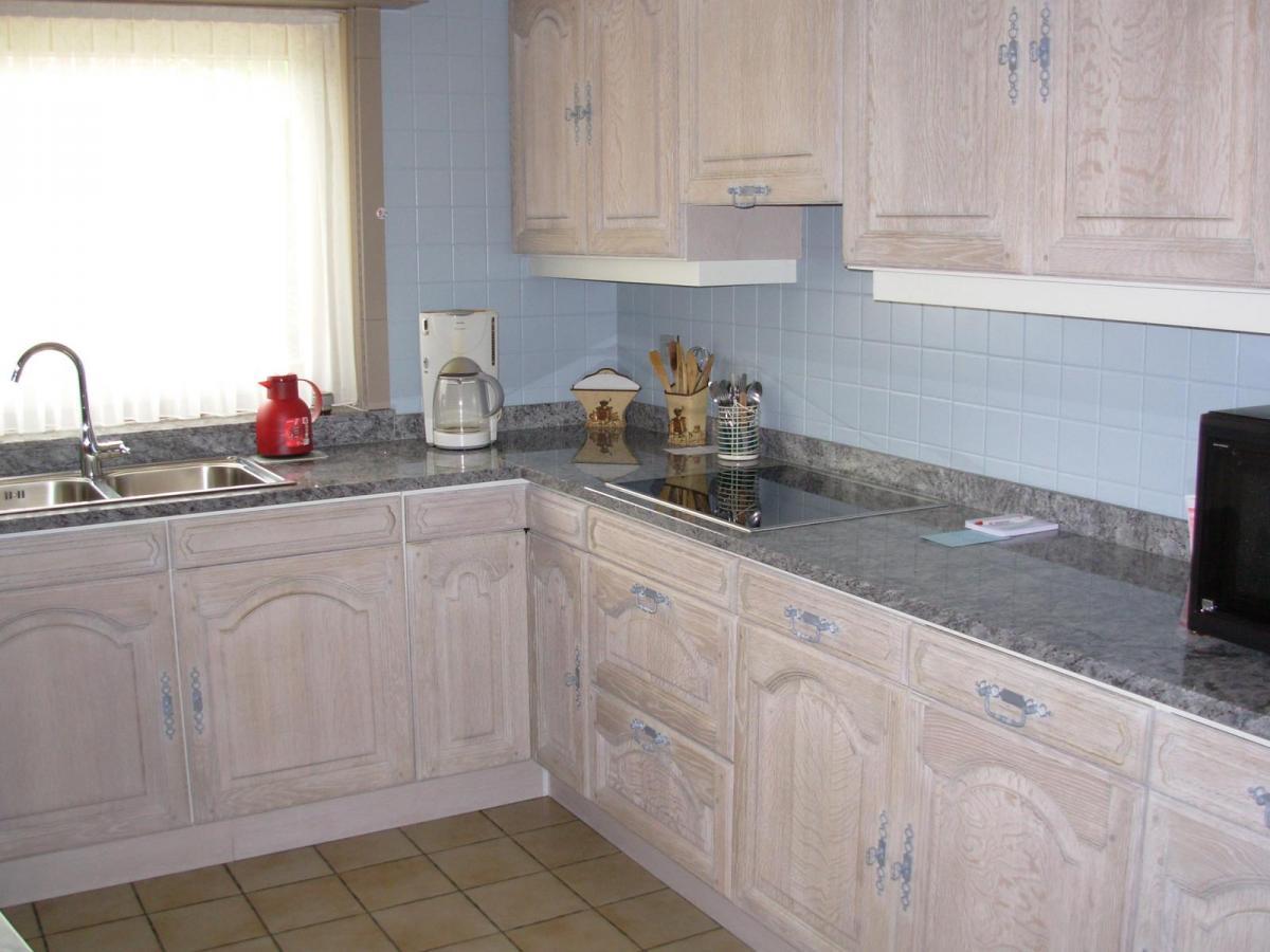 Eiken Keuken Zandstralen : eiken keuken renoveren Izegem