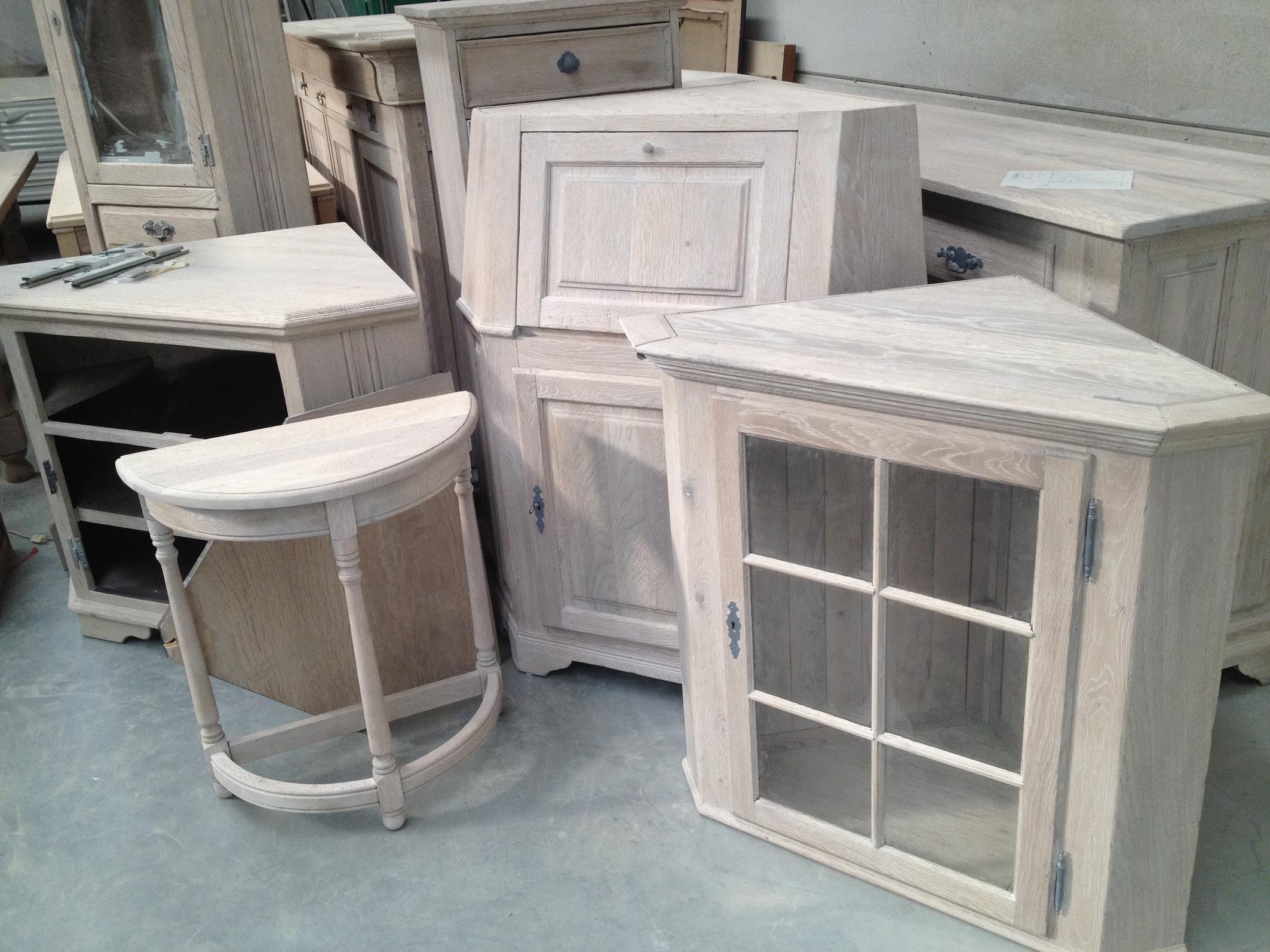 Renovatie en herstellen van oude meubels meubelrenovatie - Meubels om zelf te schilderen zelfs ...