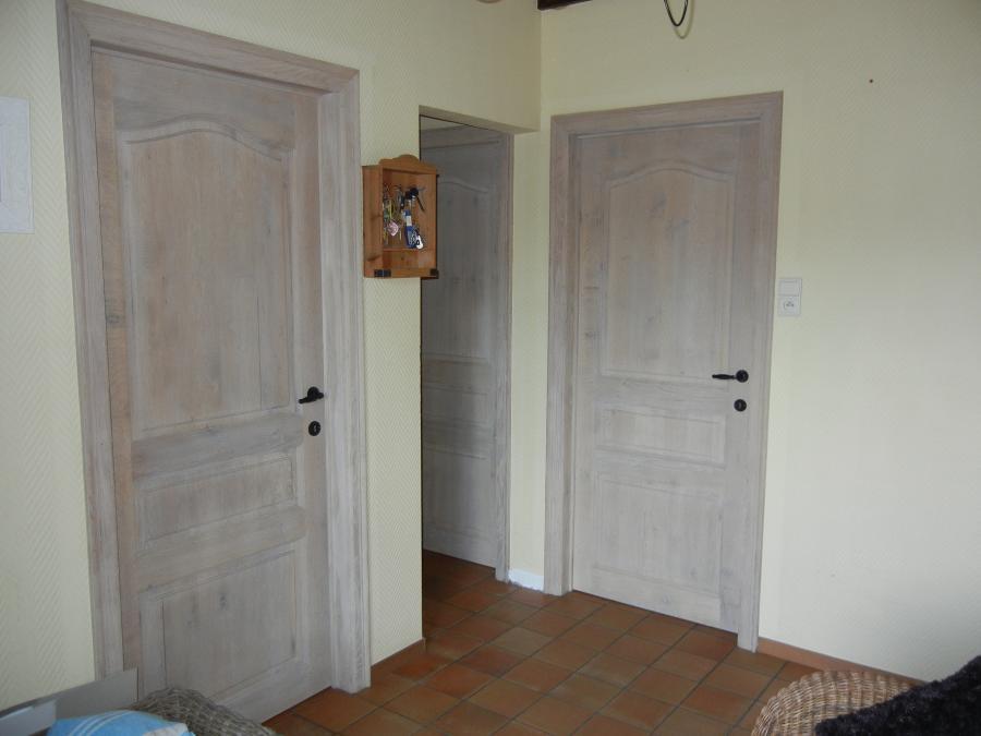 Eiken Keuken Zandstralen : Zandstralen, beitsen en vernissen eiken deuren Meubelrenovatie