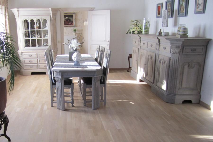 Eetplaats na renovatie meubelrenovatie - Peindre une salle a manger ...