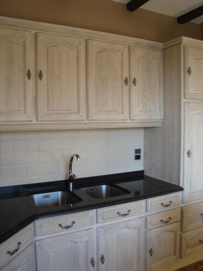 Vernieuwde wit gebeitste keuken meubelrenovatie - Keuken licht eiken ...