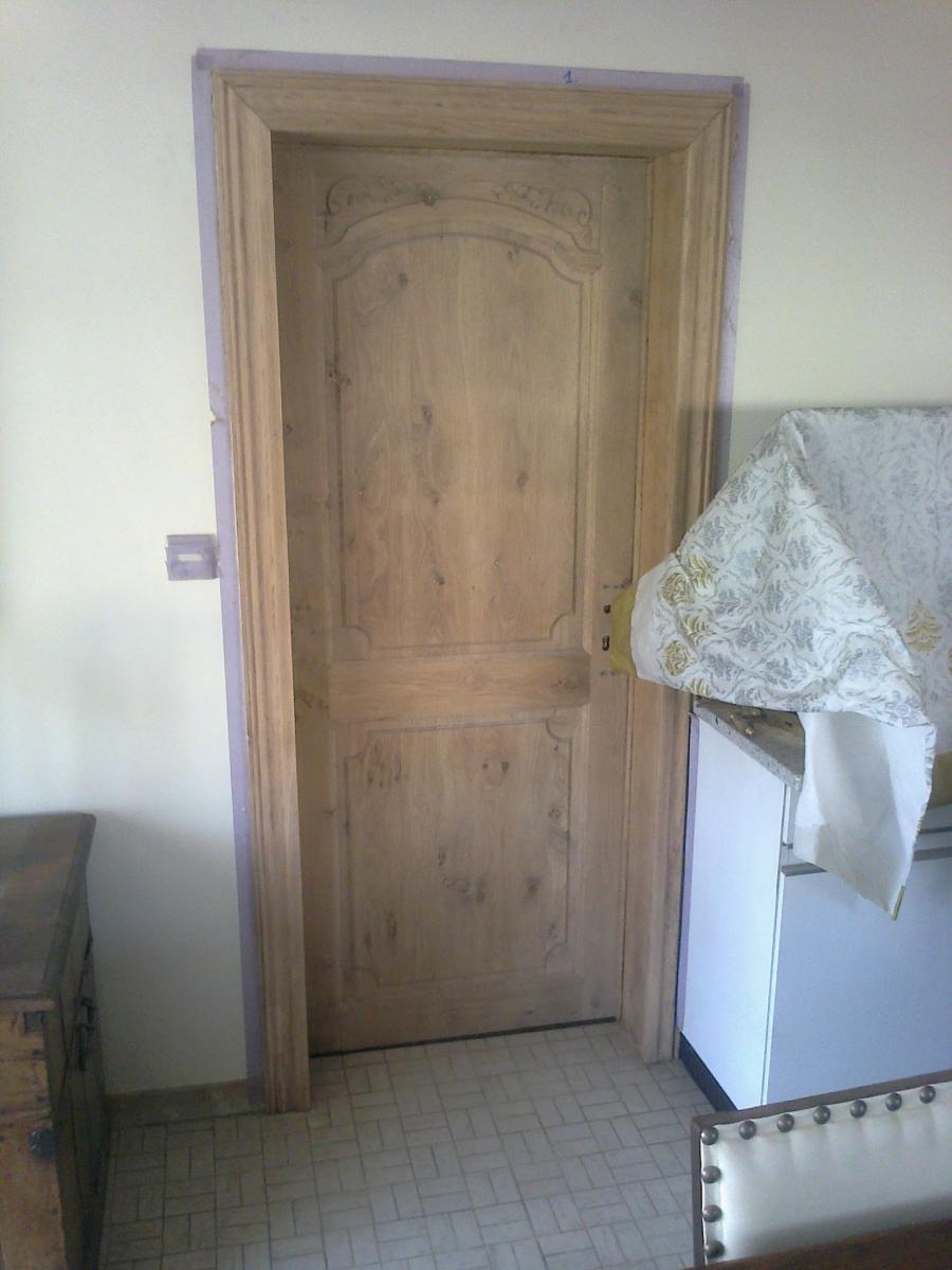 Eiken Keuken Zandstralen : De beitsen en vernissen die gebruikt worden door meubelrenovatie.be
